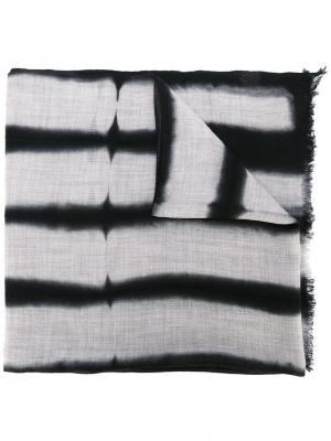 Полосатый шарф с необработанными краями Suzusan. Цвет: чёрный
