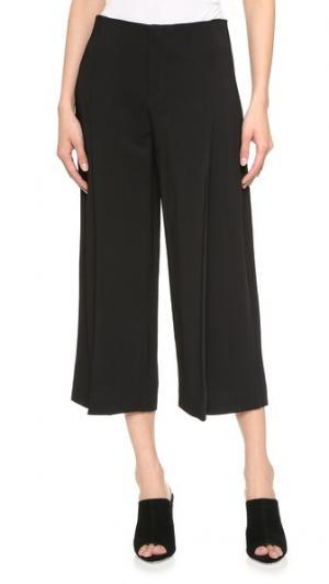 Кокетливые укороченные брюки AYR. Цвет: голубой