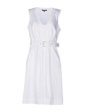 Платье до колена TARA JARMON. Цвет: белый