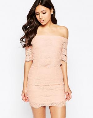 Girl In Mind Кружевное платье мини с открытыми плечами Erin. Цвет: бежевый