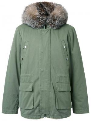 Дутая куртка с капюшоном Yves Salomon Homme. Цвет: зелёный