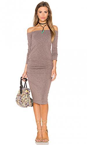Платье миди off the shoulder MONROW. Цвет: коричневый