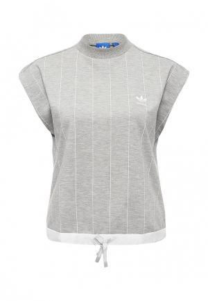 Футболка adidas Originals. Цвет: серый