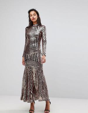 Club L Платье макси с длинными рукавами и отделкой пайетками. Цвет: золотой