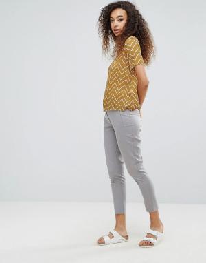 Ichi Облегающие брюки. Цвет: серый