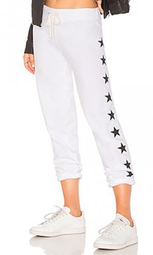 Свободные брюки foil stars MONROW. Цвет: ivory