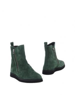 Полусапоги и высокие ботинки VIRREINA. Цвет: изумрудно-зеленый