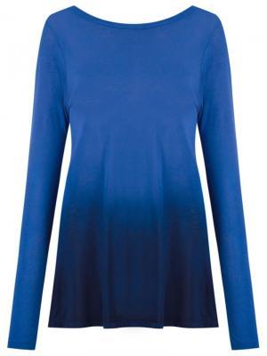 Блузка с градиентным узором Blue Man. Цвет: синий