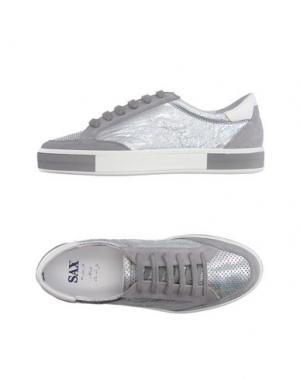 Низкие кеды и кроссовки SAX. Цвет: серебристый