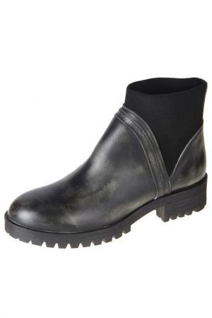 Boots Sienna. Цвет: black