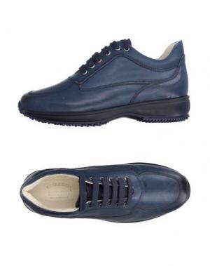Низкие кеды и кроссовки BRUNO VERRI. Цвет: темно-синий