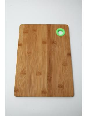 Доска разделочная, 28х20х1см, бамбук, силикон Vetta. Цвет: салатовый