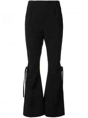 Расклешенные брюки с эффектом замши G.V.G.V.. Цвет: чёрный