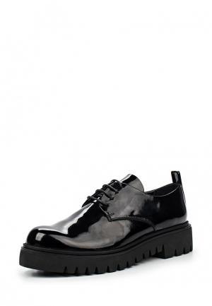 Ботинки Arella. Цвет: черный