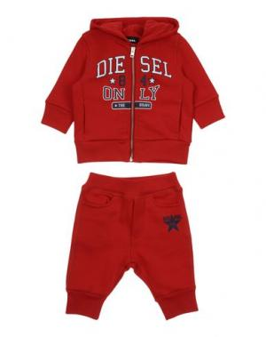 Спортивный костюм DIESEL. Цвет: красный