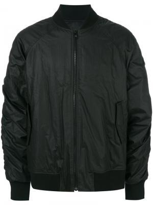 Куртка-бомбер со сборками на рукавах D.Gnak. Цвет: чёрный