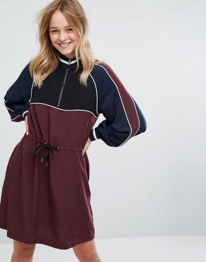 Monki Спортивное платье миди со шнурком на талии. Цвет: фиолетовый