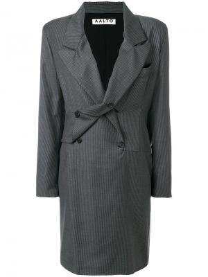 Двубортное платье в тонкую полоску Aalto. Цвет: серый