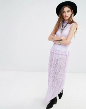 Rokoko Кружевное платье макси без рукавов с высокой горловиной. Цвет: фиолетовый