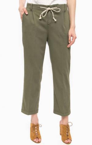 Хлопковые брюки цвета хаки Kocca. Цвет: хаки