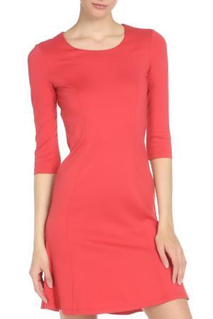 Платье с рельефными швами Whos Who Who's. Цвет: коралловый