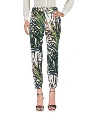 Повседневные брюки LANACAPRINA. Цвет: зеленый