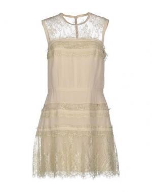 Короткое платье BDBA. Цвет: бежевый