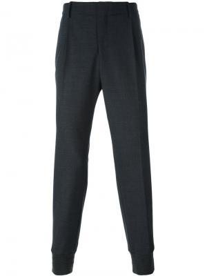 Зауженные брюки со складками Wooyoungmi. Цвет: серый