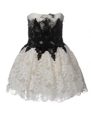 Короткое платье LOYD/FORD. Цвет: слоновая кость
