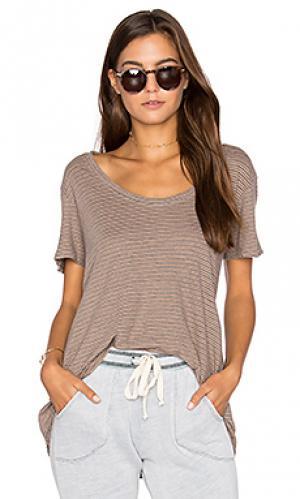 Легкая полосатая футболка Project Social T. Цвет: коричневый