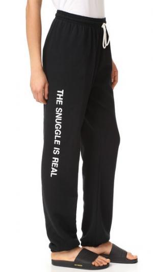 Спортивные брюки  Snuggle is Real Private Party. Цвет: голубой