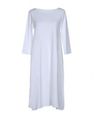 Платье до колена BASE. Цвет: белый
