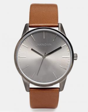 UNKNOWN Часы с коричневым кожаным ремешком. Цвет: рыжий