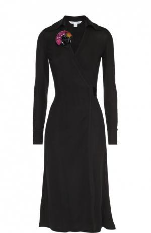 Приталенное платье с запахом и декоративной отделкой Diane Von Furstenberg. Цвет: черный