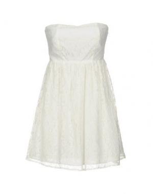 Короткое платье DUCK FARM. Цвет: белый