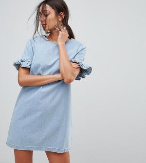 Chorus Tall Джинсовое платье мини с оборками на рукавах. Цвет: синий