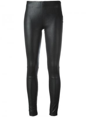 Эластичные кожаные лосины Just Female. Цвет: чёрный