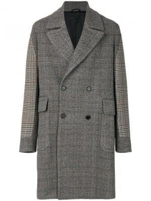 Двубортное пальто Stella McCartney. Цвет: коричневый