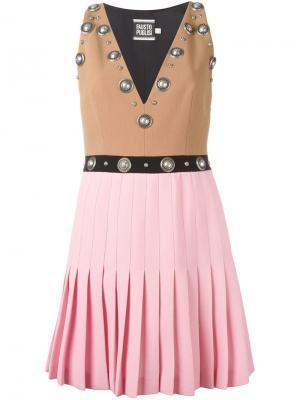 Платье с плиссированной юбкой и заклепками Fausto Puglisi. Цвет: телесный