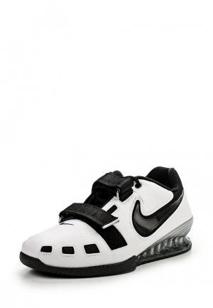 Штангетки Nike. Цвет: белый