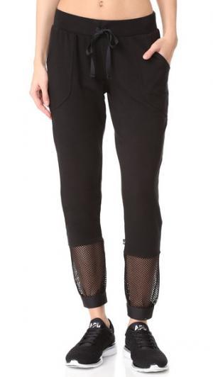 Укороченные спортивные брюки с сетчатыми вставками Terez. Цвет: голубой