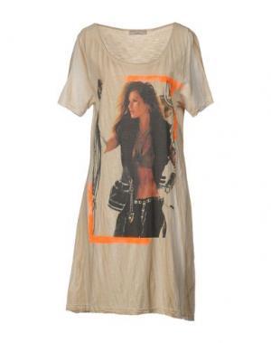 Короткое платье ATHLETIC VINTAGE. Цвет: песочный