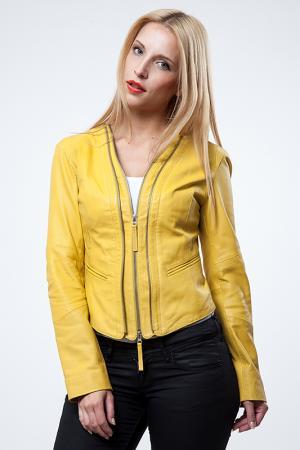 Куртка Cruse. Цвет: желтый