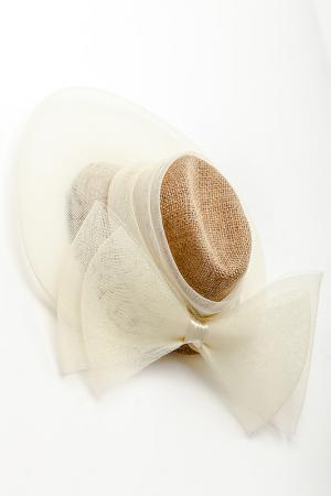 Шляпка, заколка Anastasiya Usoltseva. Цвет: белый