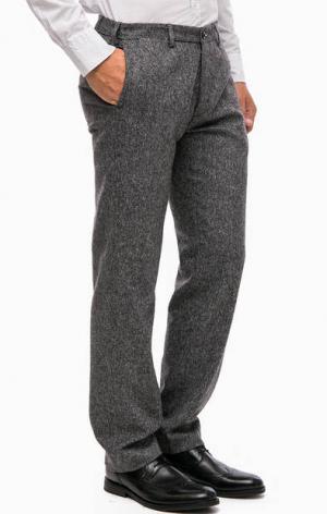Зауженные серые брюки Gant. Цвет: серый