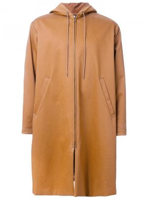 Пальто с капюшоном Myne. Цвет: коричневый