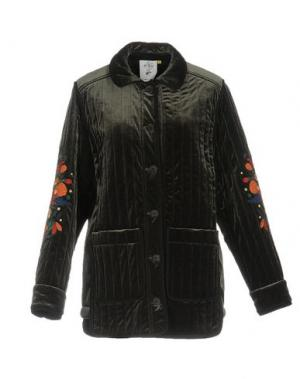 Куртка STEVE J & YONI P. Цвет: зеленый-милитари