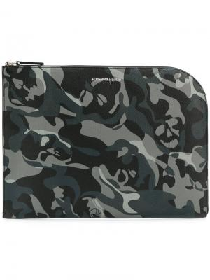 Камуфляжный чехол для ноутбука Alexander McQueen. Цвет: чёрный