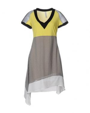 Короткое платье PIANURASTUDIO. Цвет: желтый