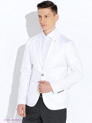 Пиджак BAZIONI. Цвет: белый